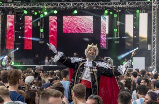 Zehn Fakten zum Rave im Schlosshof