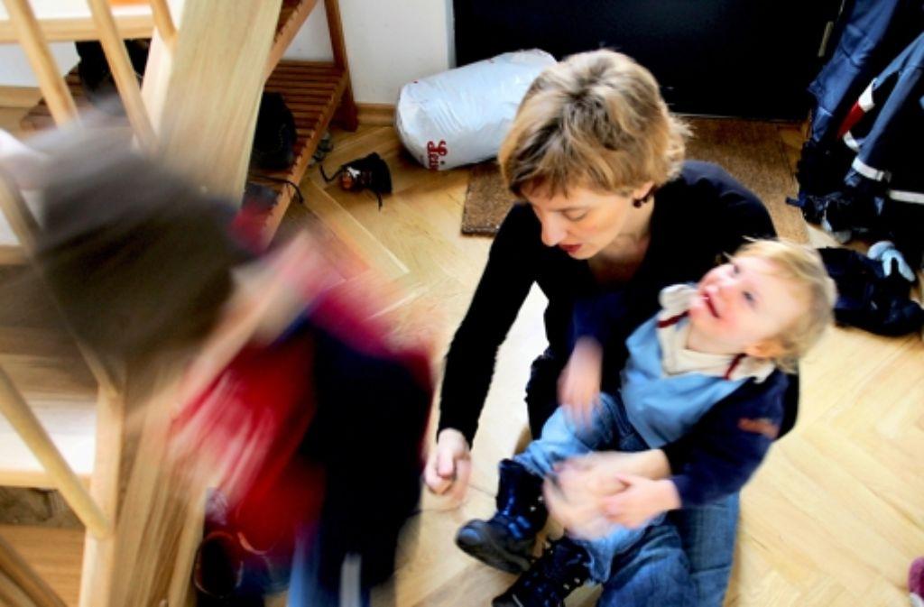 Wer morgens zwei. drei Kinder richten muss, weiß, was Stress sein kann. Foto: photothek