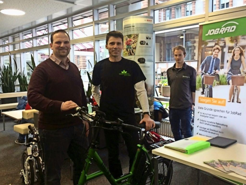Setzen sich für nachhaltige Mobilität ein: Patrick Daude (r.) und Carsten Medinger. Foto: StZ