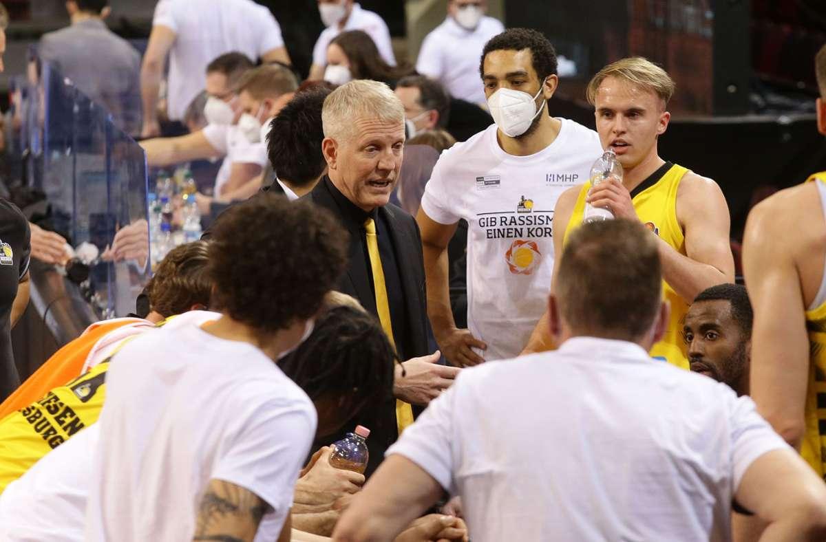 John Patrick und sein Team werden ausgebremst. Foto: Pressefoto Baumann