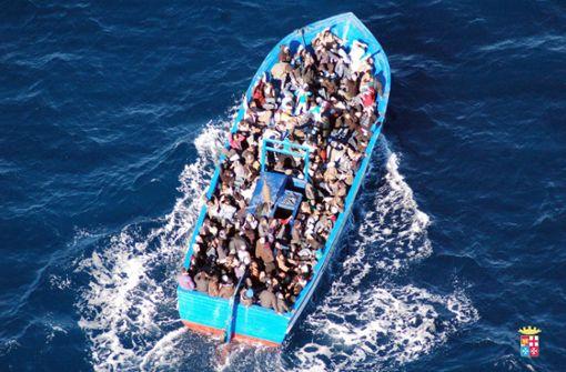Boot mit 66 geretteten Menschen abgewiesen