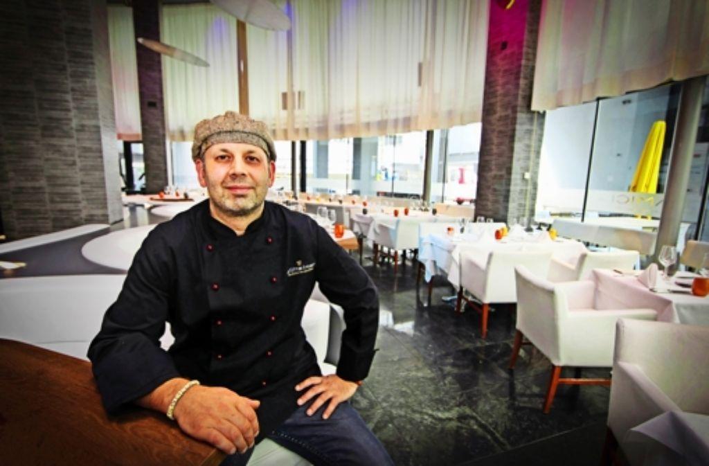 Küchenchef Marc Müller probiert im neu eröffneten Amici gerne Neues aus. Foto: Christian Hass