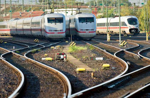 Bahn-Chef verspricht niedrigere Fahrpreise