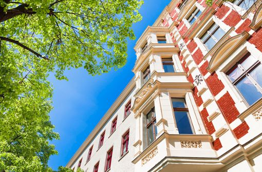"""Prinzipien und Stolperfallen vor dem Kauf einer Immobilie gezeigt werden und dem Käufer dadurch unliebsame Überraschungen erspart bleiben. Ihr Motto: """"Erst wissen, dann kaufen""""."""
