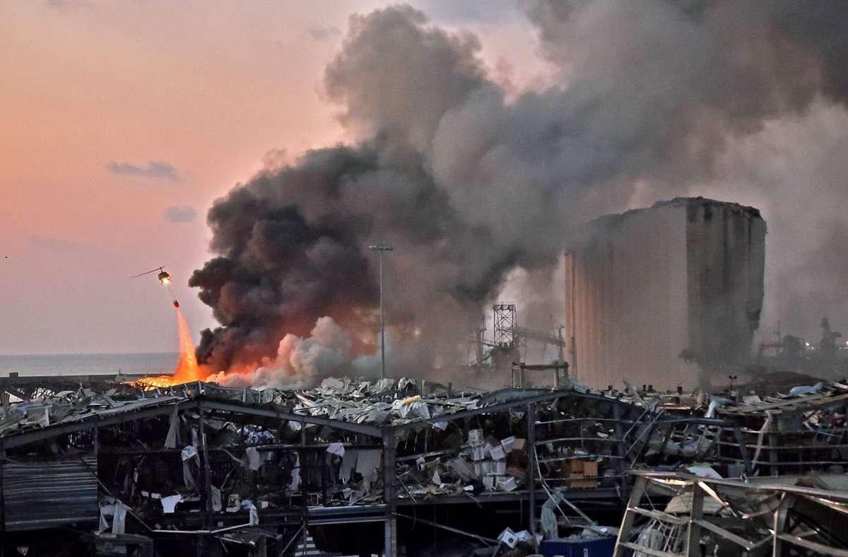 Trümmer und Zerstörung: In der libanesischen Hauptstadt Beirut kam es zu einer Explosion, bei der mehr als 100 Menschen ums Leben kamen. Grund soll ein Ammoniumnitrat-Lager gewesen sein. Foto: AFP/STR