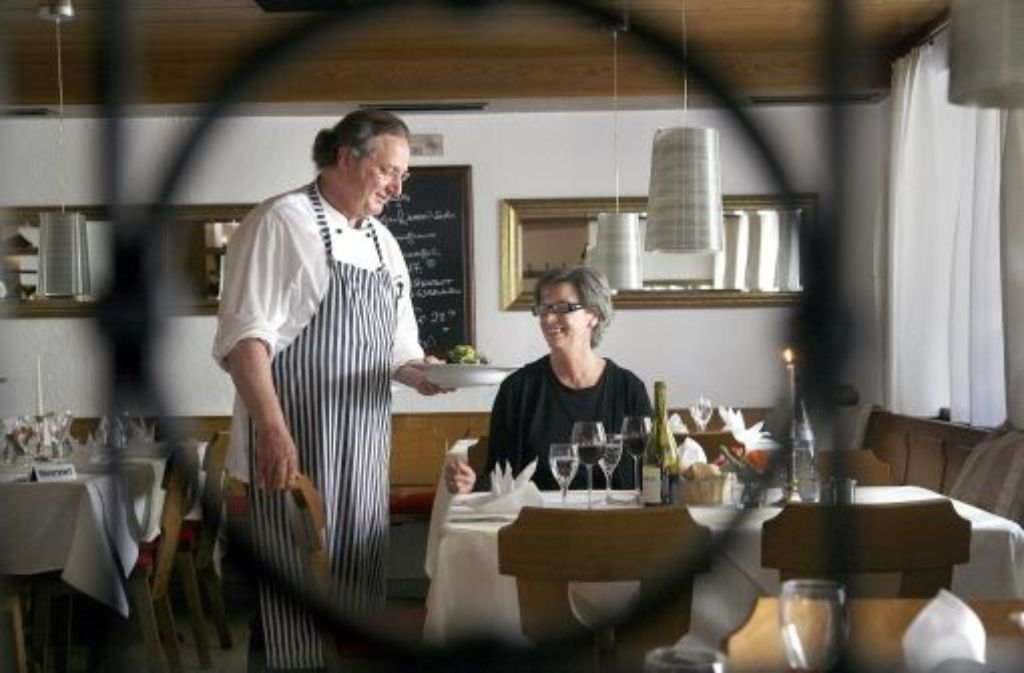 Josef Liktor und Brigitte Bianco in ihrem neuen Domizil Foto: factum/Granville