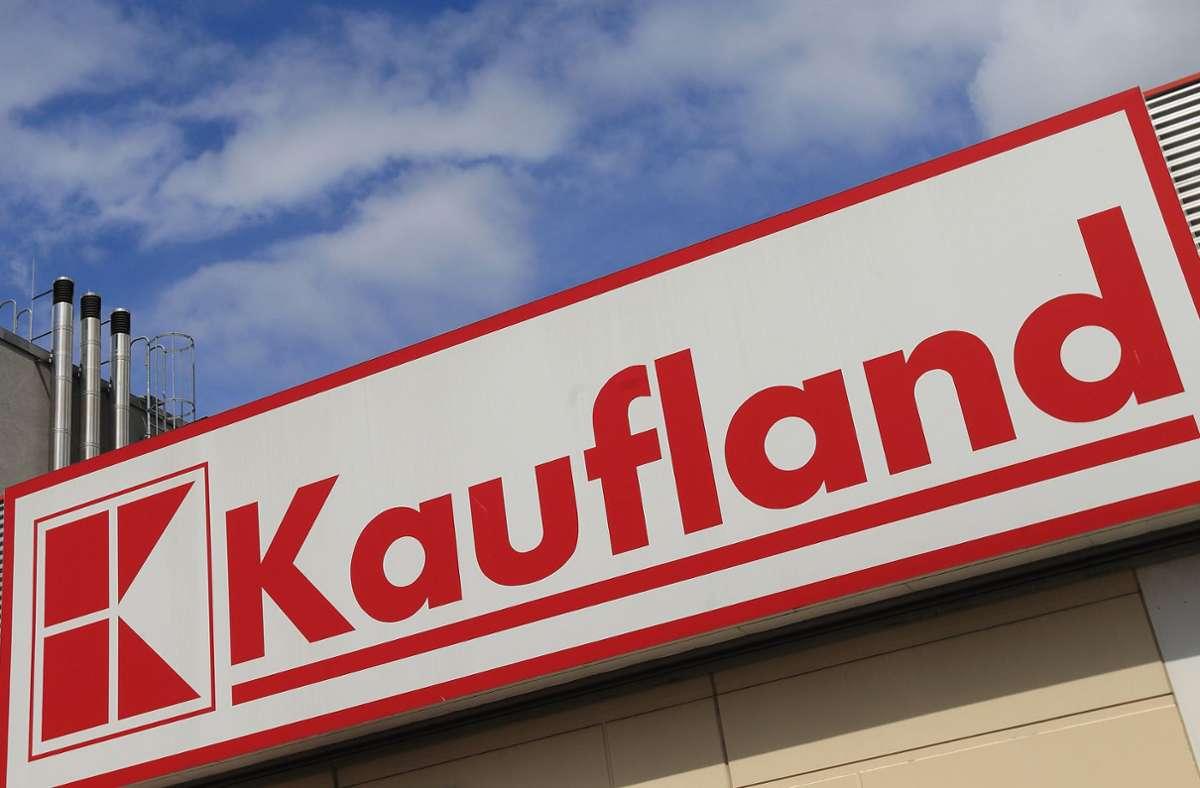 Das Unternehmen Kaufland ruft eines seiner Produkte zurück. Es besteht Verletzungsgefahr. (Archivbild) Foto: dpa/Jens Wolf