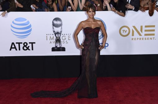 Halle Berry verzaubert die Fans in Los Angeles