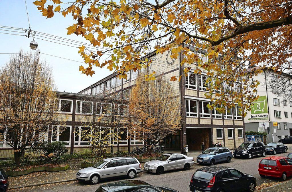 Im Friedrich-Eugens-Gymnasium konnten Kammerjäger das Ungeziefer vorerst beseitigen. Die Nachbarn leiden immer noch unter dem Problem. Foto: Achim Zweygarth, privat