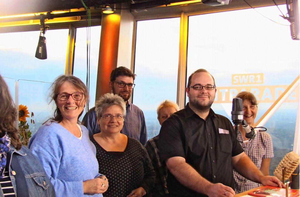 Marc Mendle (2.v.r.) war mit seinen Kollegen im Fernsehturm-Studio. Foto: Felizitas Eglof