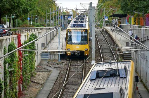 Die Stadtbahn nähert sich Ditzingen