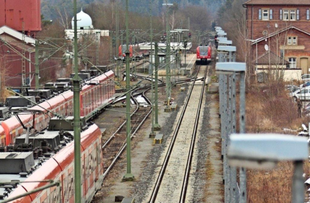 Hier im Weiler Bahnhof könnte die S 6 weiter fahren bis nach Calw. Foto: factum/Granville