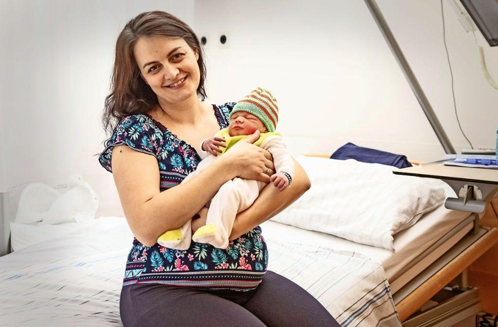 Camelia Gligor mit ihrem Sohn Vincent Dominick Foto: Lichtgut/Julian Rettig