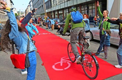 Für Radfahrer wird der rote Teppich ausgerollt