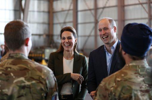 Royales Paar besucht Soldaten auf Zypern