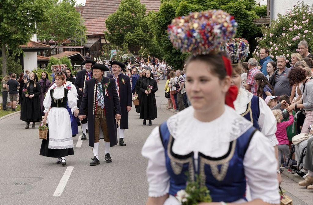 Gefeierte Heimat beim Festumzug in Rohrau Foto: factum/