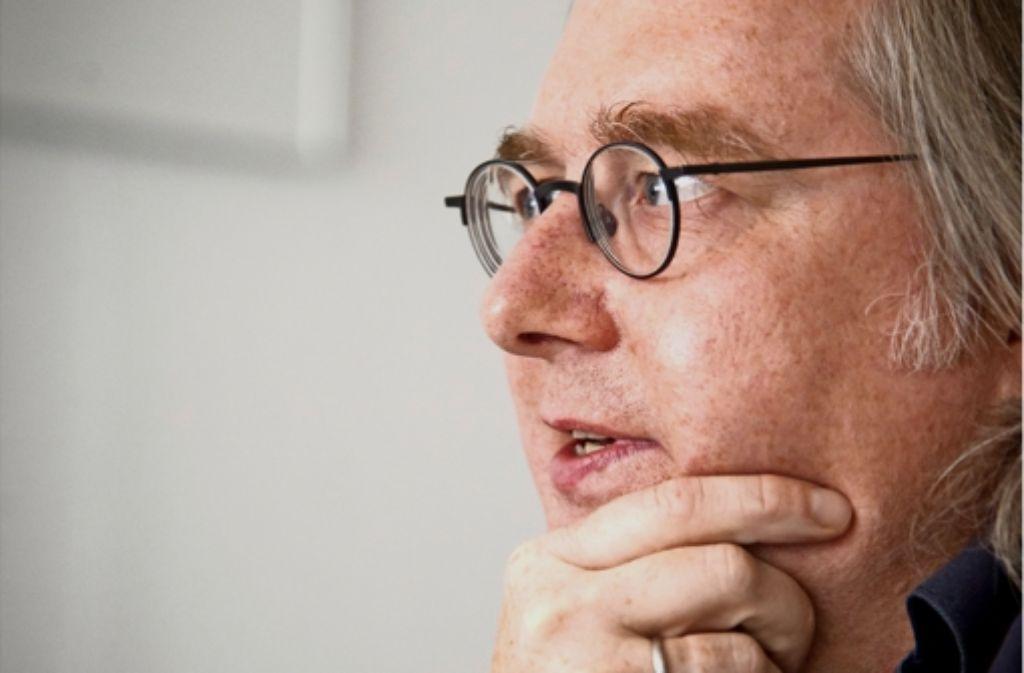 Peter Pätzold steht hinter der  Bankenpolitik von OB Fritz Kuhn. Foto: Martin Stollberg
