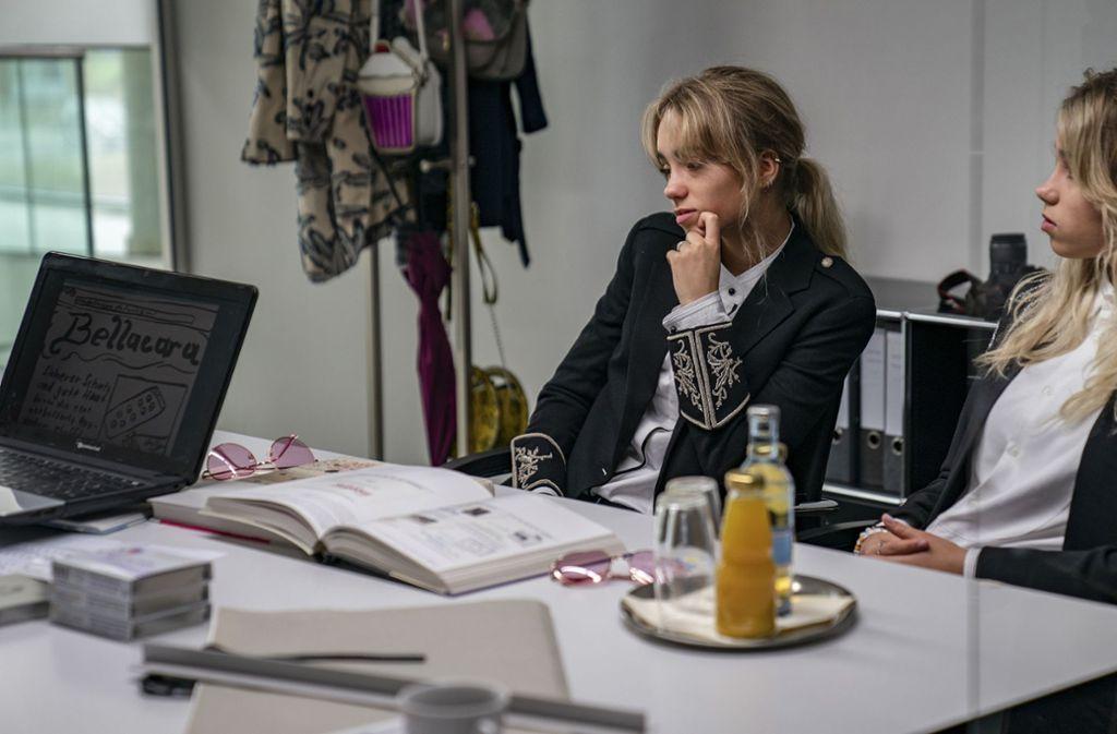 Zugpferde der Bellacara-Kampagne: Mimi und Maja (Lisa und Lena Mantler) Foto: NDR/Wolfgang Ennenbach