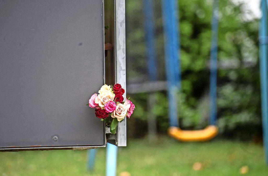 Über Neuhausen hinaus   waren die Erschütterung und die Anteilnahme nach dem brutalen Raubmord an einer 84-Jährigen groß  gewesen. Foto: