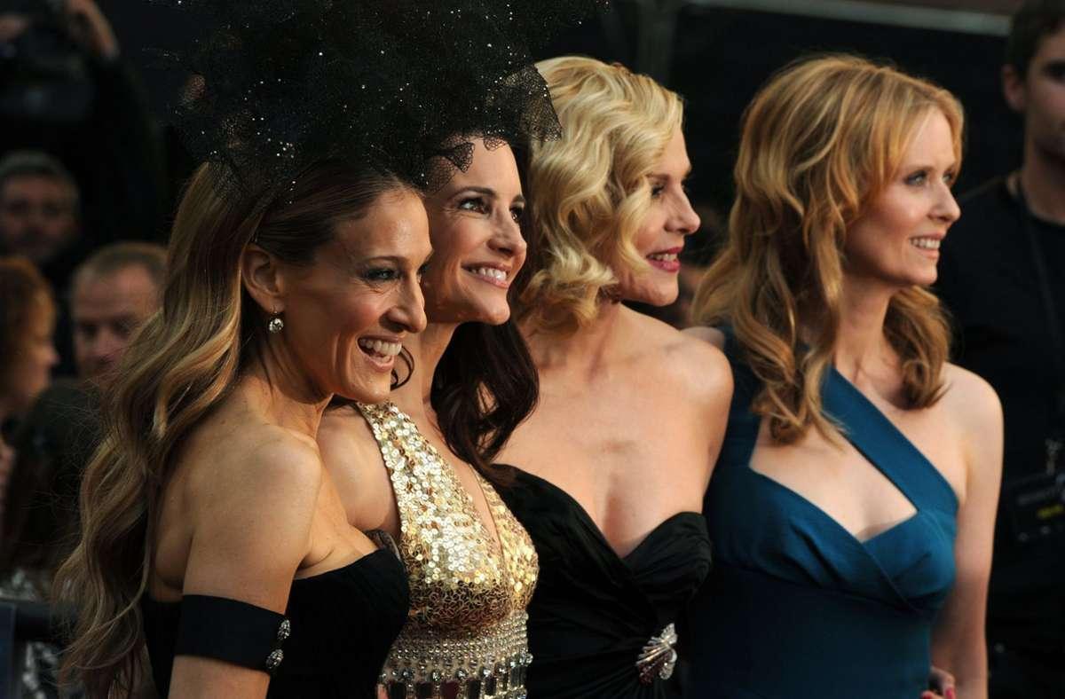 """Sarah Jessica Parker,  Kristin Davis, Kim Cattrall und Cynthia Nixon (v. li.) haben mit """"Sex and the City"""" TV-Geschichte geschrieben. Foto: dpa/Daniel Deme"""