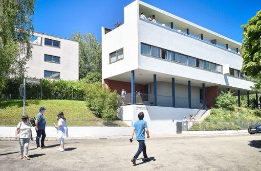 Auch der Zaun ist original Le Corbusier