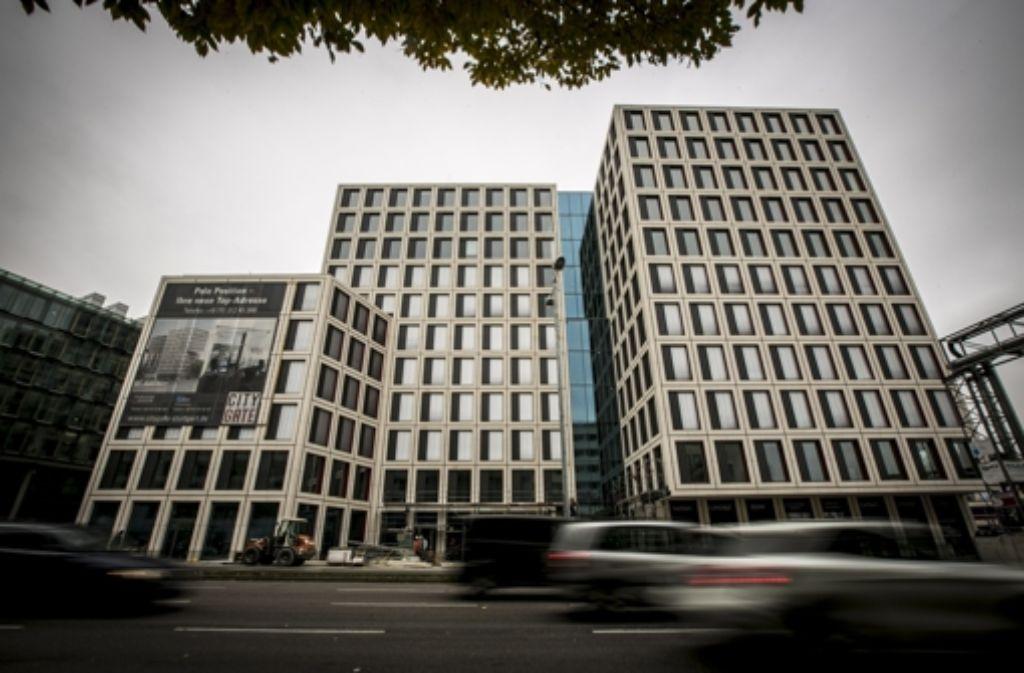 Die Automarke Borgward richtet sich an der Kriegsbergstraße ein. Foto: Lg/Leif Piechowski