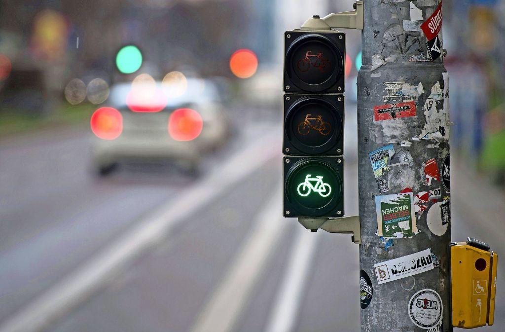 Nicht immer grün: Radfahrer in Stuttgart müssen oft mit Problemen kämpfen. Foto: dpa