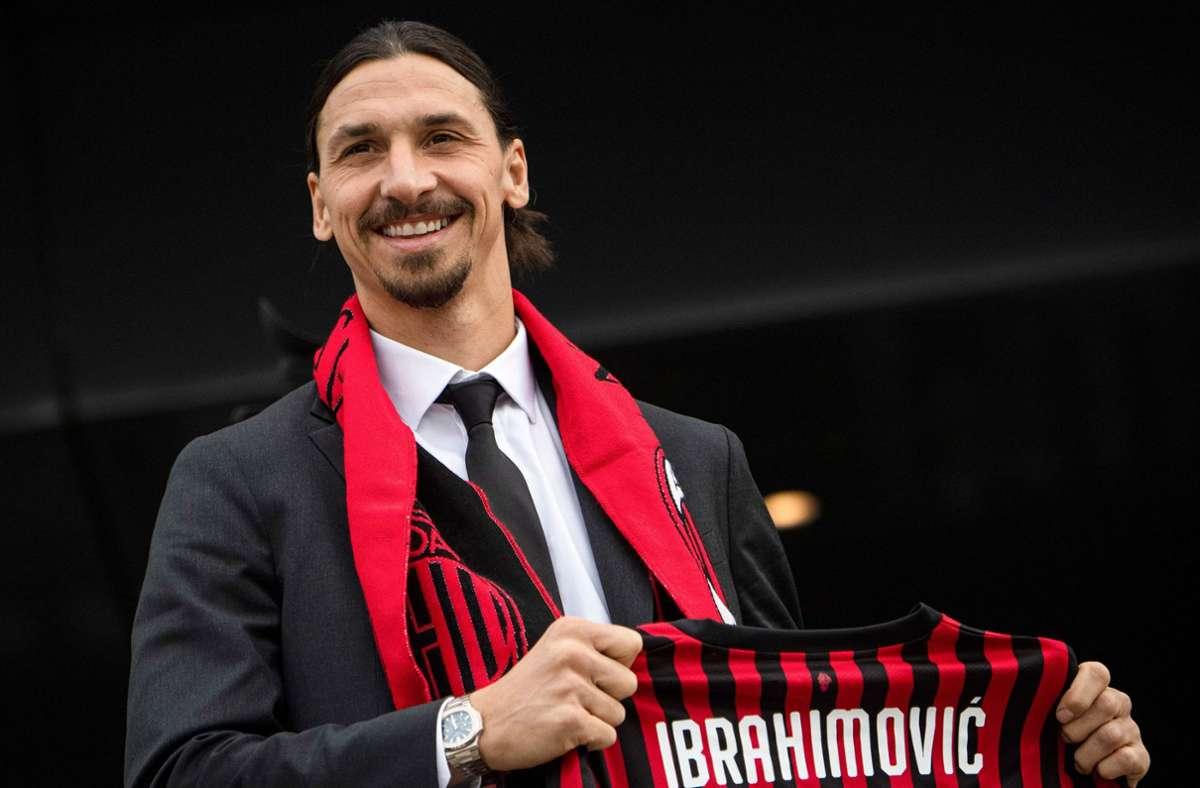 Der Schwede Zlatan Ibrahimovic ist seit Januar beim AC Mailand unter Vertrag. Foto: AFP/Marco  Bertorello