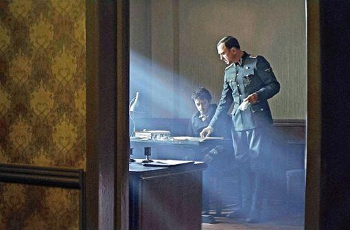 Lars Eidinger glänzt   als  neurotischer Nazi