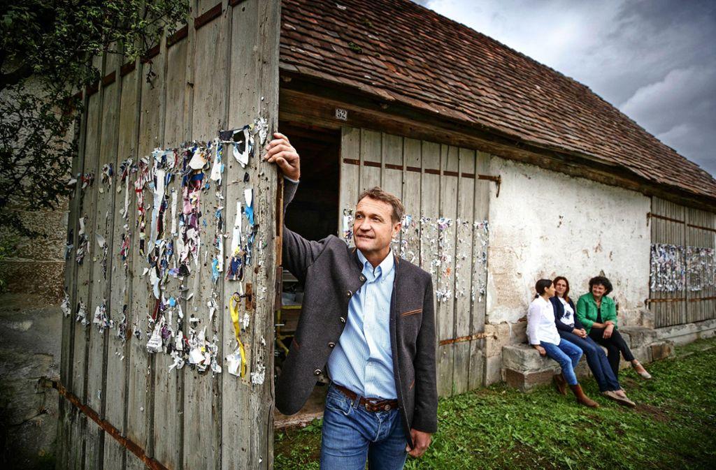 Bernd Knödler will die alte Kelter am Ortsrand von Bruch  sanieren und zu einem coolen Veranstaltungsort machen. Foto: Gottfried Stoppel