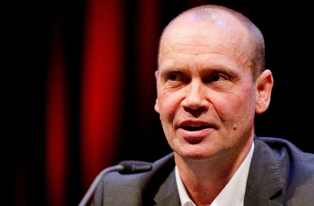 Simon Beckett hat Freude an der detailreichen Schilderung von Leichnamen. Foto: dpa