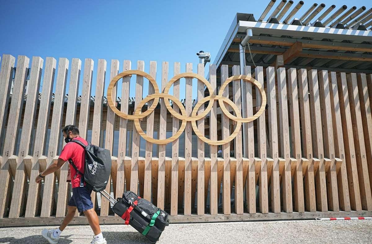 Einzug ins olympische Dorf in Tokio Foto: dpa/Michael Kappeler