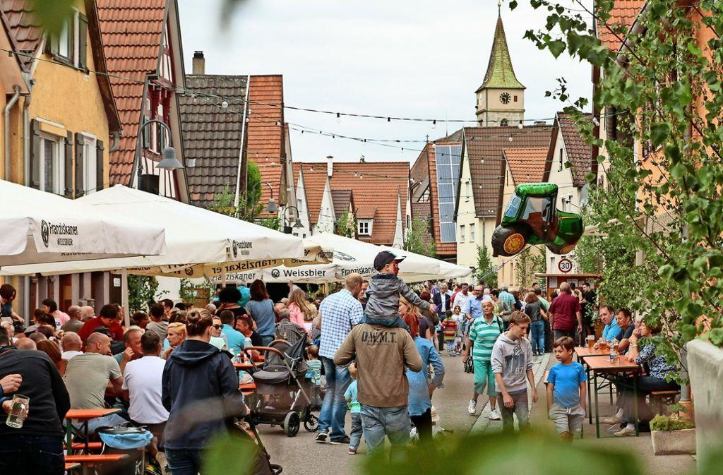 Beim Straßenfest in Eltingen wird zwei Tage lang gefeiert. Foto: factum/Archiv
