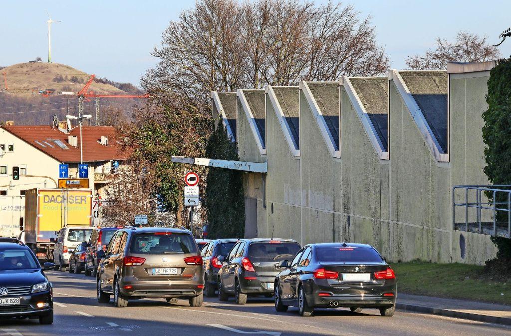 Die Siemensstraße soll ausgebaut werden. Doch die Stadt ist dafür auf das  Land Baden-Württemberg  angewiesen. Foto: factum/Granville