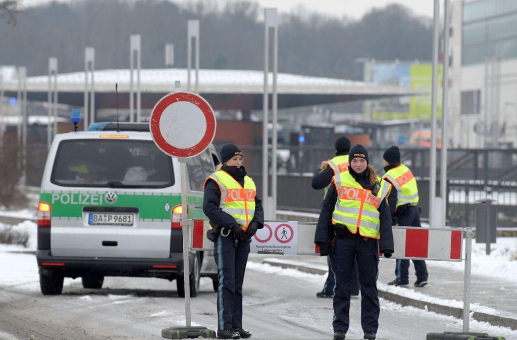 Für die Entschärfung der Fliegerbombe ist ein Teil der Neu-Ulmer Innenstadt gesperrt gewesen. Foto: dpa