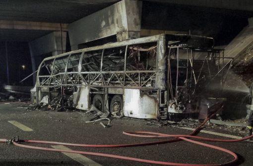 Italien - Mindestens 16 Tote bei Busunglück nahe Verona