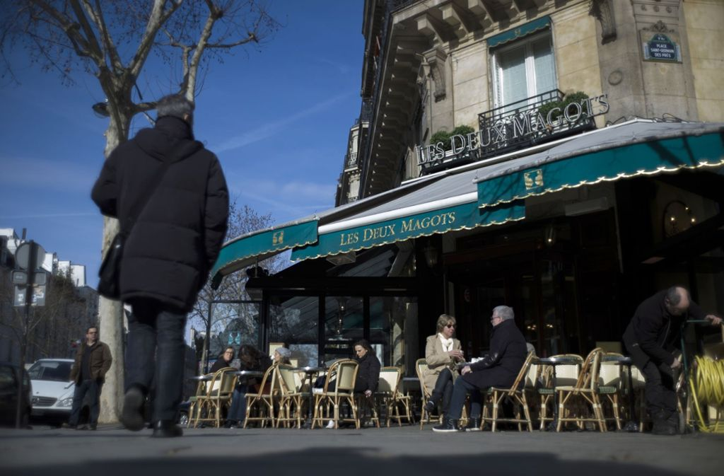 Das Café Les Deux Magots gehört zu den berühmten Institutionen links der Seine. Foto: AFP
