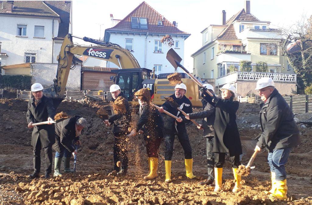 Der Spatenstich für das Neubauprojekt erfolgte am Dienstag. Foto: Torsten Ströbele