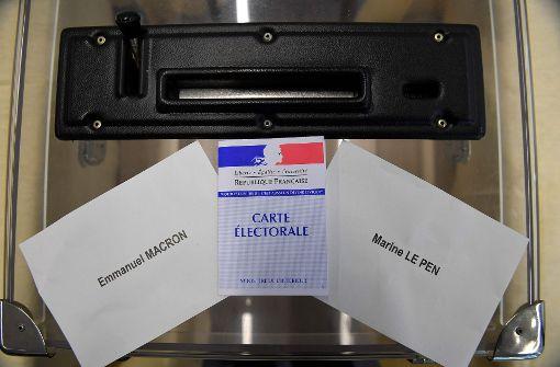Die Stichwahl um die Präsidentschaft hat in den französischen Überseegebieten bereits begonnen