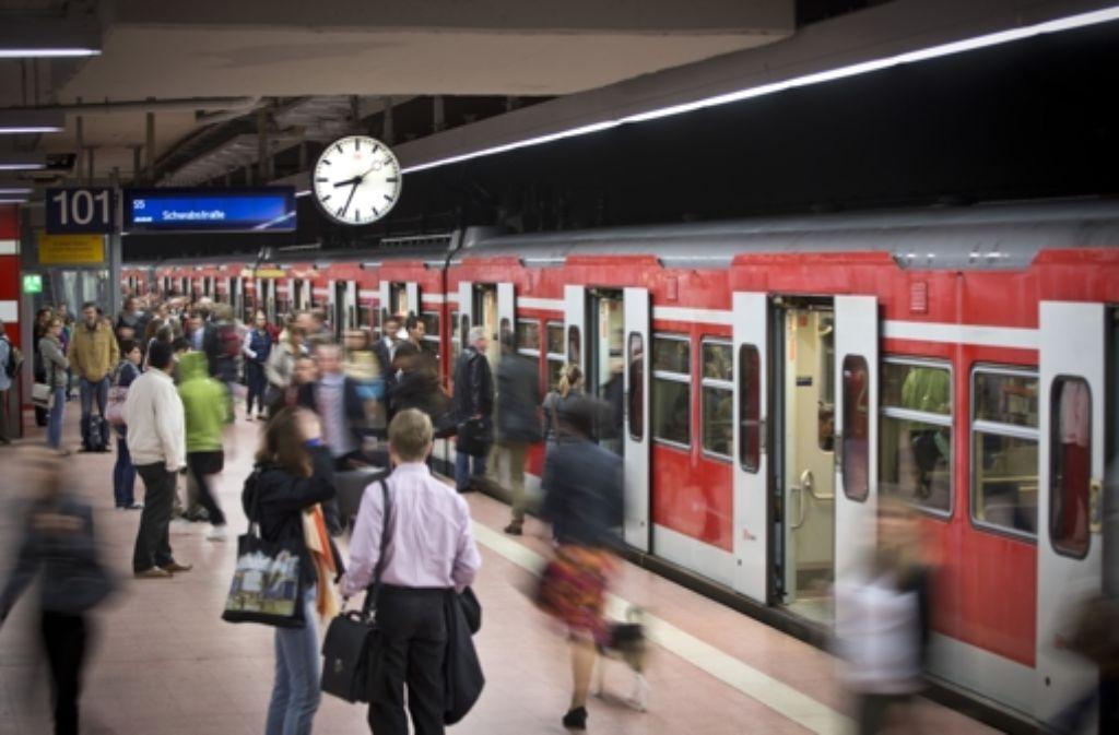 Die S-Bahnen waren 2013 so unpünktlich wie lange nicht mehr. Foto: Achim Zweygarth