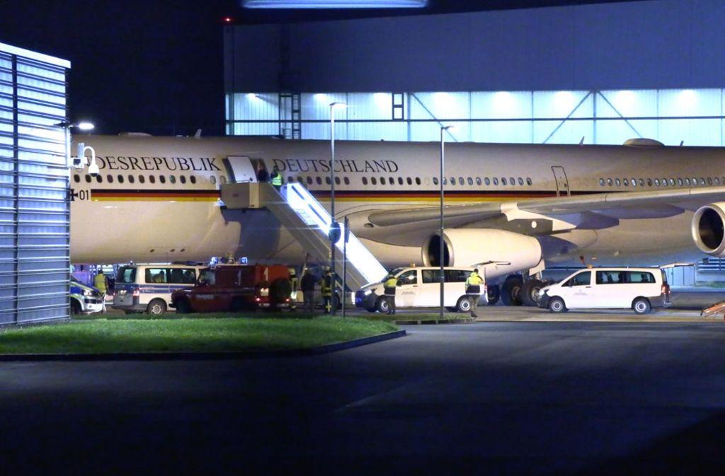 """Panne am Regierungsflugzeug """"Konrad Adenauer"""" – die Delegation um Angela Merkel muss umdisponieren. Foto: TeleNewsNetwork"""