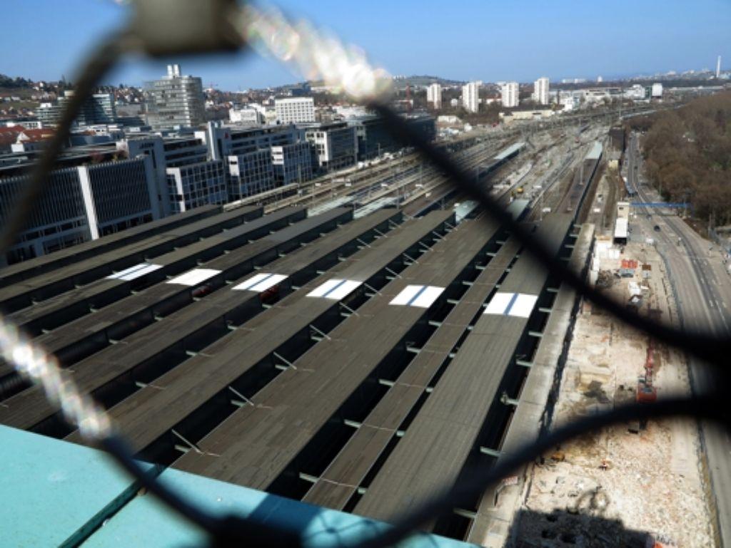 Blick vom Turm des Hauptbahnhofs. Foto: Achim Zweygarth