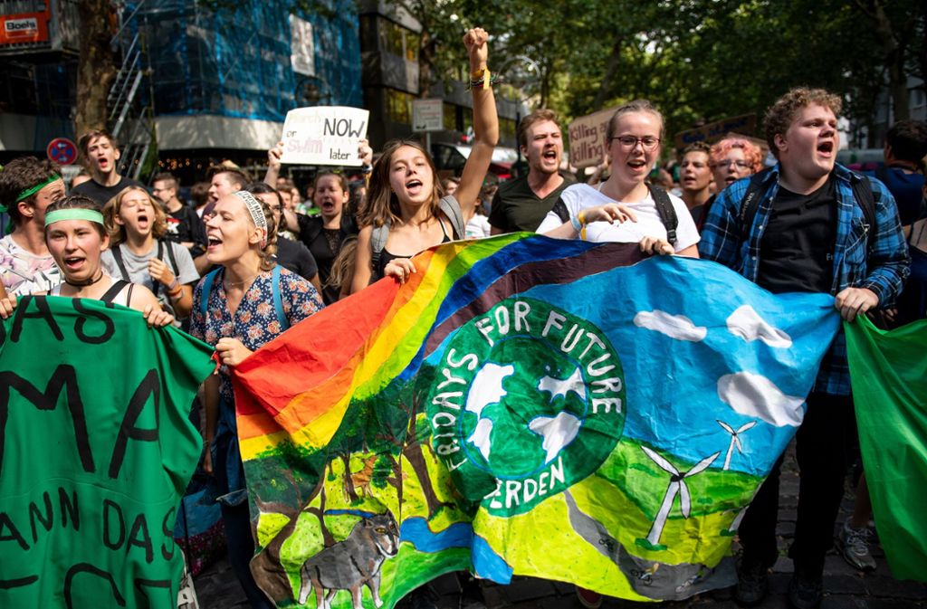"""Aus ganz Deutschland kamen die jungen Menschen zum """"Fridays-for-Future""""-Sommerkongress. Foto: Marius Becker/dpa"""