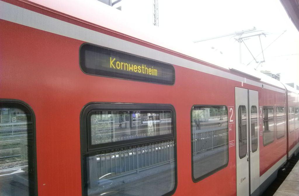 Die Schusterbahn fährt von Untertürkheim nach Kornwestheim  – und bald weiter? Foto: Andreas Blumberg