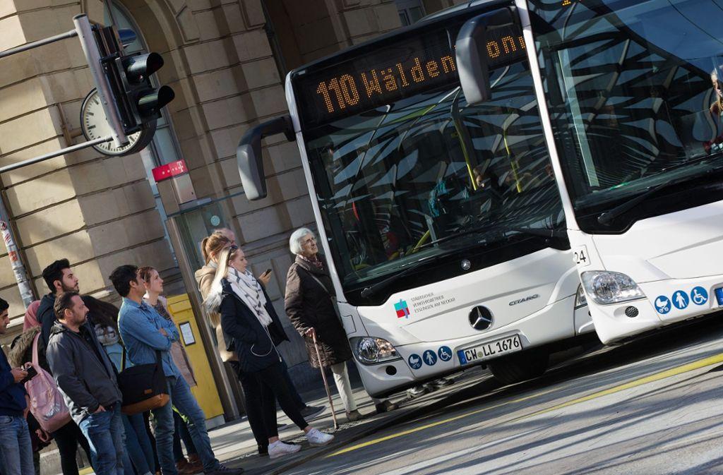 """Der Firma Rexer aus Calw wird vorgeworfen, ihre Busfahrer nicht nach Tarif zu bezahlen. Die Firma selbst spricht von """"haltlosen Anschuldigungen"""". Foto: Ines Rudel"""