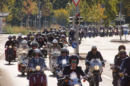 Hunderte Biker cruisen für den guten Zweck durch Stuttgart