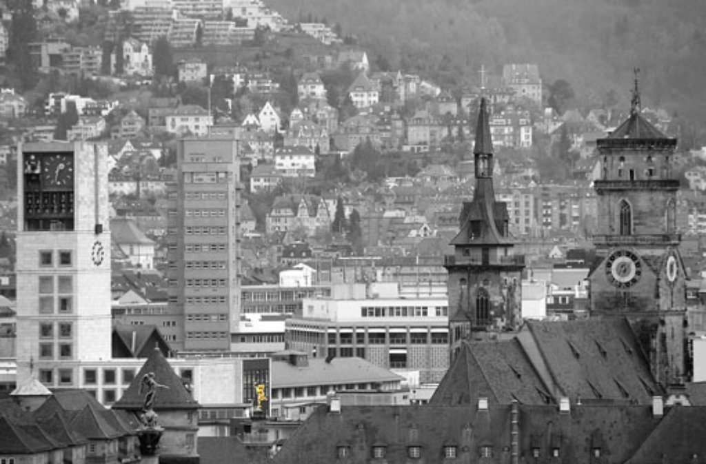 Fünf Oberbürgermeister standen bisher an der Spitze der Landeshauptstadt und haben das Stadtbild Stuttgarts mitgeprägt: Karl Lautenschlager, Karl Strölin, Arnulf Klett, Manfred Rommel und Wolfgang Schuster. Unter der Ägide dieser Männer ist die Stadt gewachsen, hat ihre Wahrzeichen bekommen und immer wieder ihr Gesicht verändert. In unserer Bildergalerie haben wir einige der architektonischen Hinterlassenschaften ihren Initiatoren zugeordnet. Foto: Leserfotograf lupo