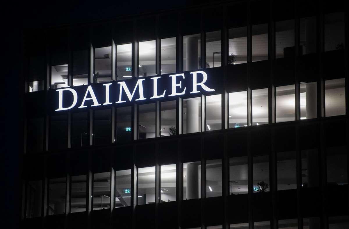 Auf einem Laptop aus der Wohnung des 31-jährigen Angeklagten sollen nach Aussage eines Ermittlers einige der Erpresserschreiben an den Daimler-Konzern gespeichert gewesen sein (Archivbild). Foto: dpa/Marijan Murat