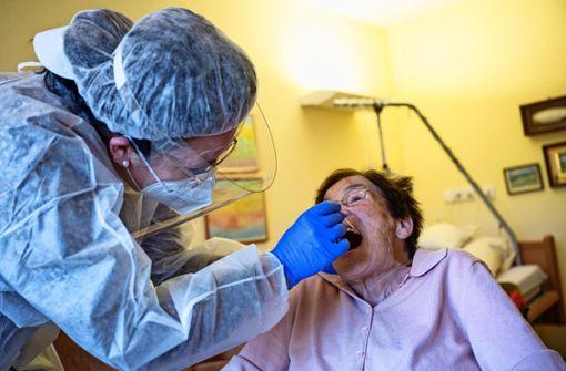 Stadt sucht Personal für Einlasskontrollen in Pflegeheimen