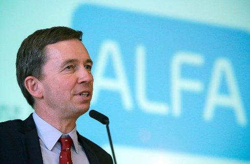Alfa benennt sich in Liberal-Konservative Reformer um